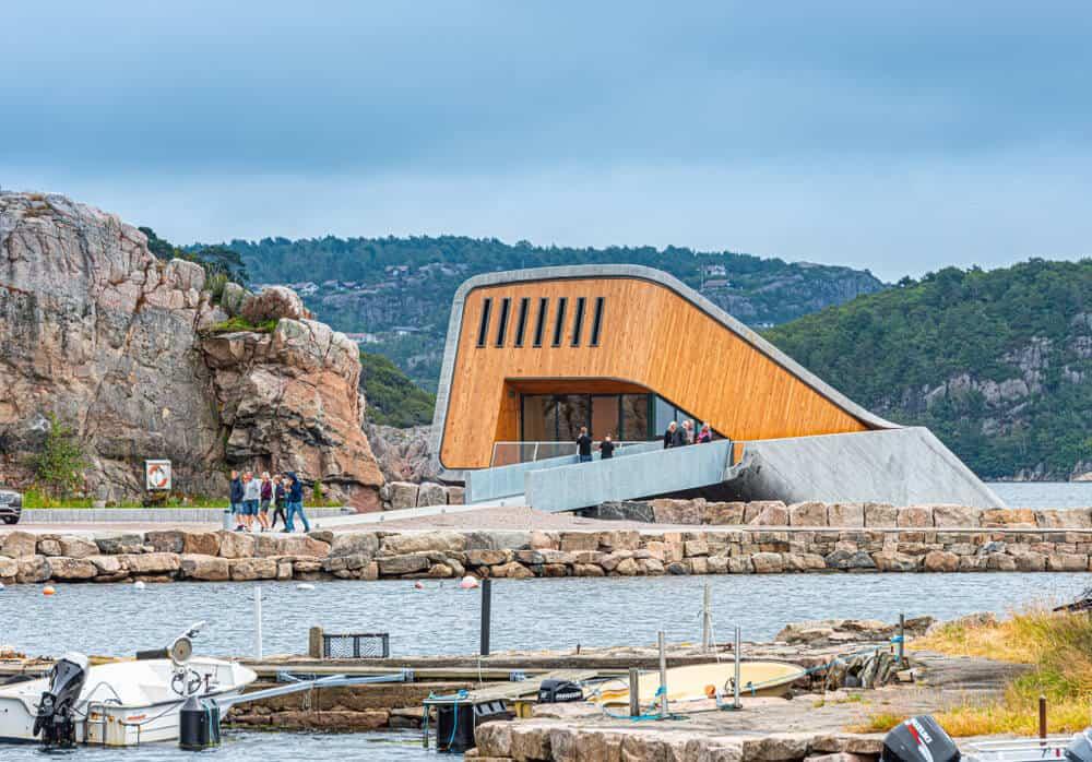 מסעדת Under נורווגיה - מסעדה מתחת למים